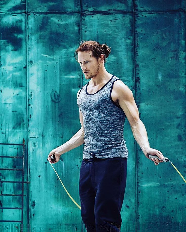 0a1c597259c7e8db33ad691639f02f74--sam-heughan-hot-celebrity-faces.jpg